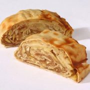 2 pieces of Heinshof's Original Strudel with apples