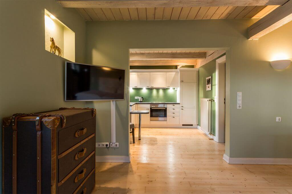 max moritz heinshof. Black Bedroom Furniture Sets. Home Design Ideas